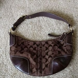 Coach small purse brown.